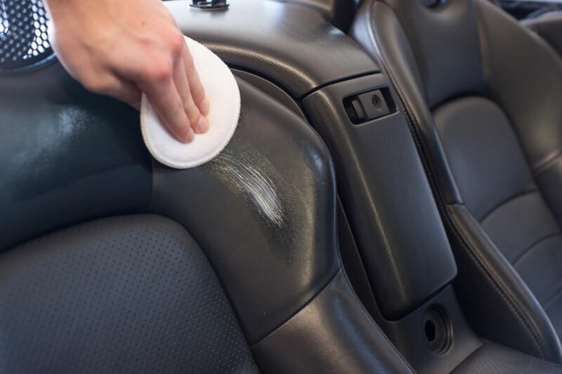 Kinh nghiệm bảo dưỡng đệm ghế ô tô