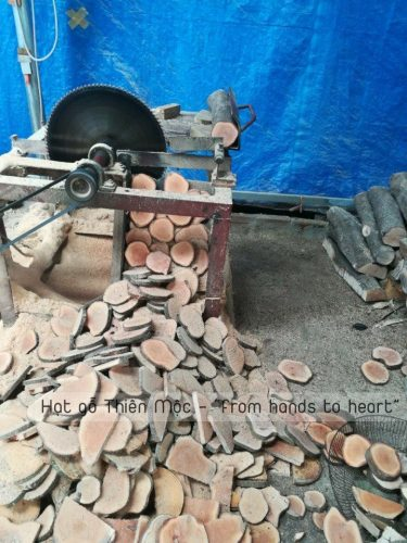 Quy trình sản xuất rèm hạt gỗ