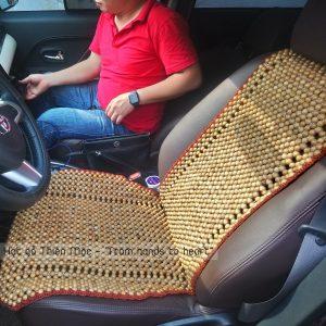 Đệm ghế hạt gỗ Bách Xanh