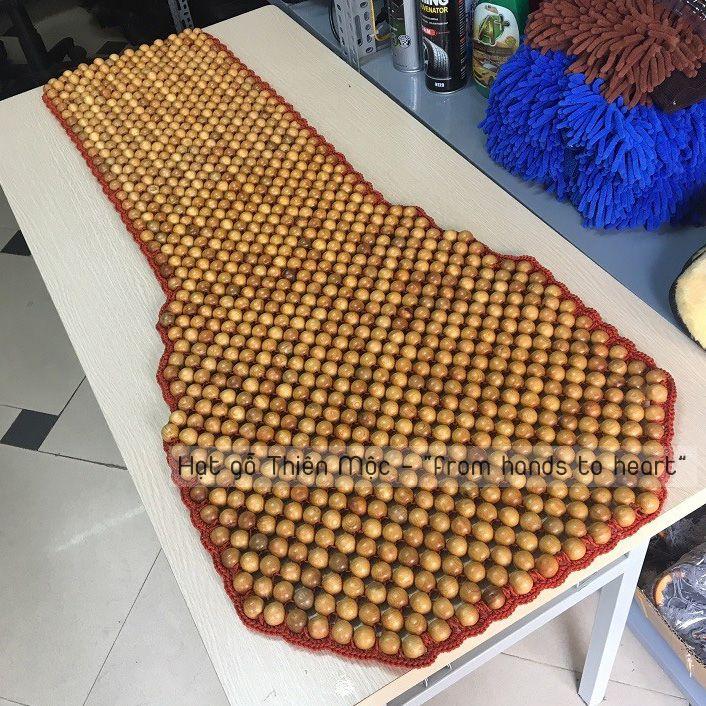 Đệm ghế hạt gỗ Pơmu kết viền