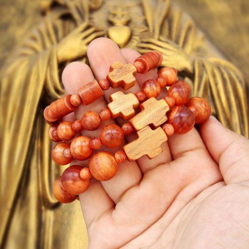Tràng hạt Công Giáo gỗ Huyết Long